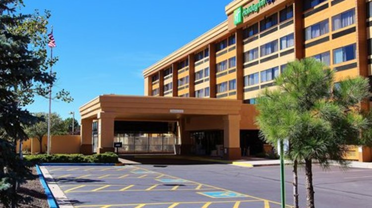 Holiday Inn Express Flagstaff Exterior