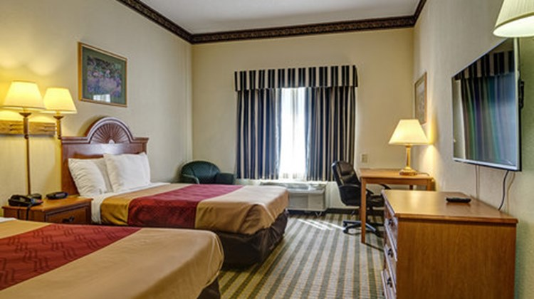 Wingate-Inn Augusta Room
