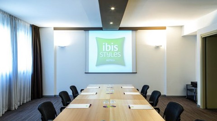 Ibis Styles Milano Agrate Brianza Meeting