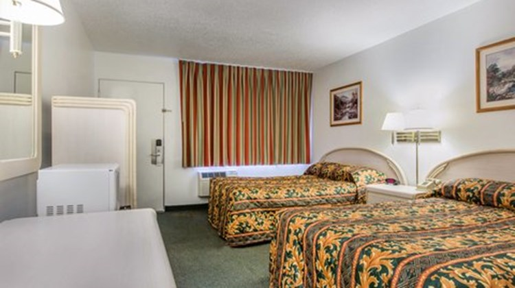 Lodge by Humboldt Bay Room
