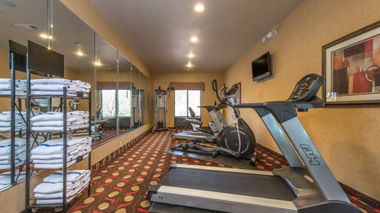 Holiday Inn Express Lavonia Health Club