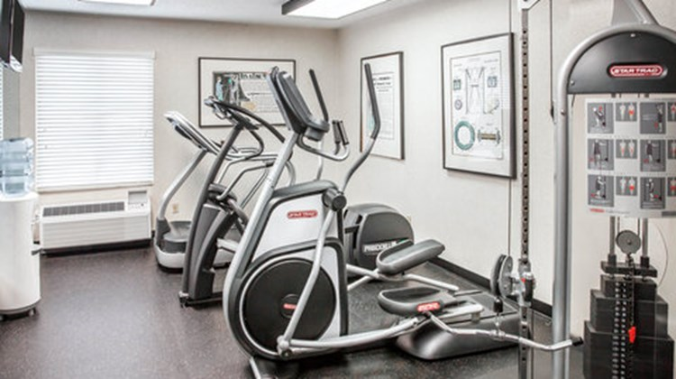 Comfort Inn & Suites Alexandria Health Club