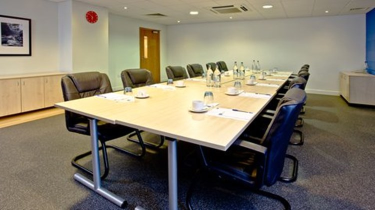 Holiday Inn Express Shrewsbury Meeting