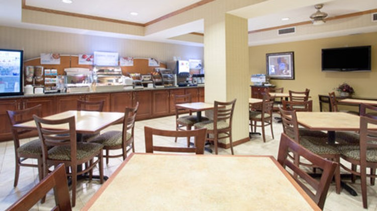 Holiday Inn Express & Suites Abilene Restaurant