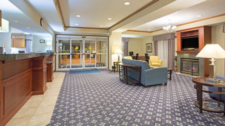 Holiday Inn Express & Suites Abilene Lobby