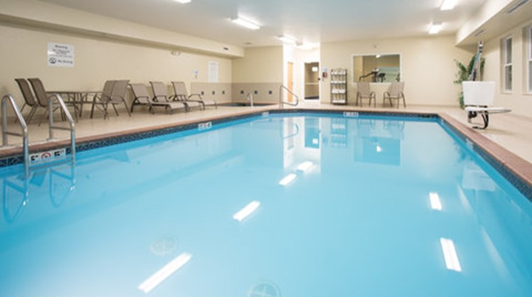 Holiday Inn Express & Suites Abilene Pool