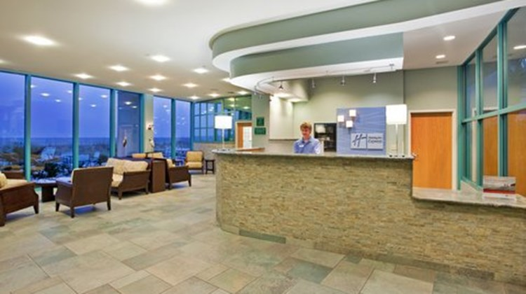 Holiday Inn Express Pensacola Beach Lobby
