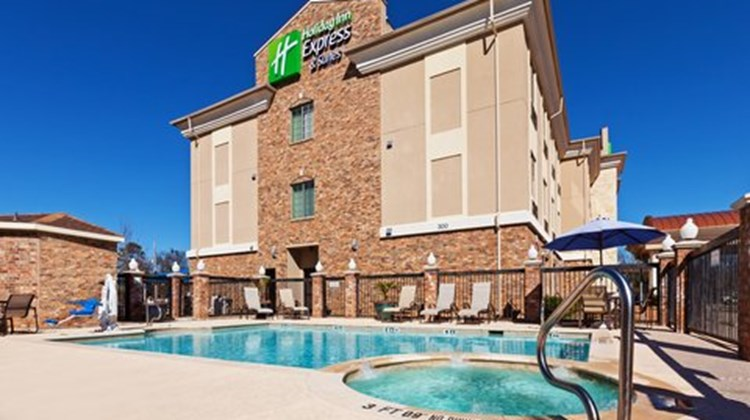 Holiday Inn Express Inn & Suites Pool