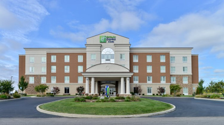 Holiday Inn Express & Suites Terre Haute Exterior