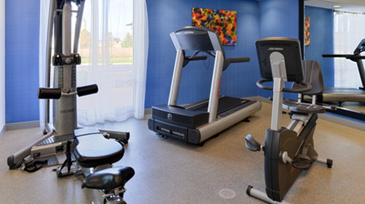 Holiday Inn Express & Suites Terre Haute Health Club
