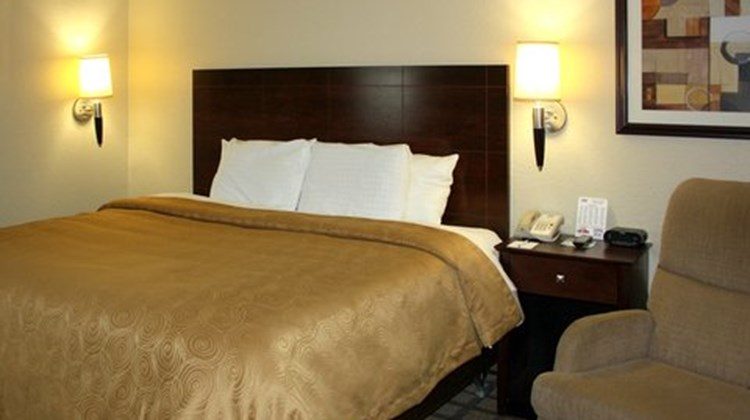 MainStay Suites Coralville Room