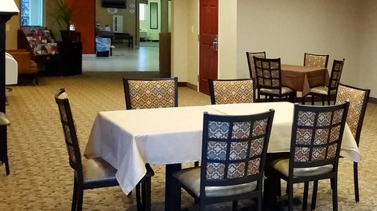 MainStay Suites Coralville Restaurant