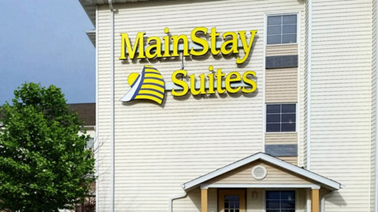 MainStay Suites Coralville Exterior