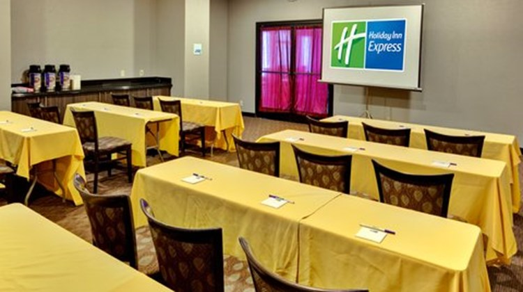 Holiday Inn Express Los Angeles Meeting