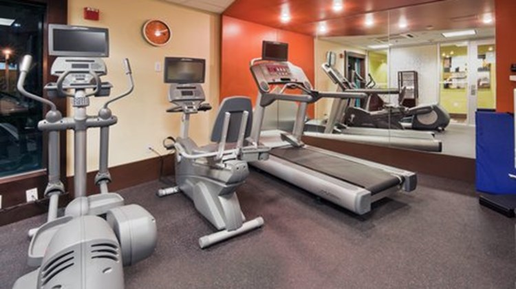 Holiday Inn Express Convention Center Health Club
