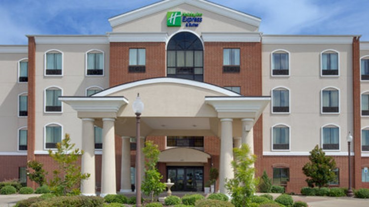 Holiday Inn Express Hotel/Suites Ennis Exterior