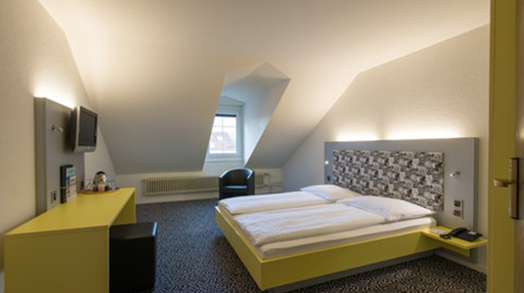City Hotel Oberland Room