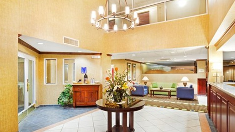 Holiday Inn Express & Suites Kings Mt Lobby