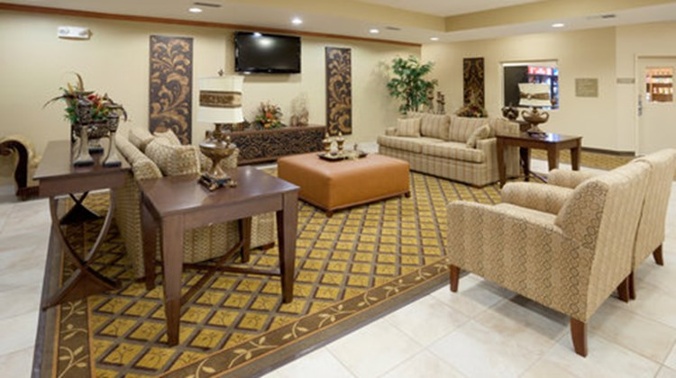 Candlewood Suites Temple Lobby