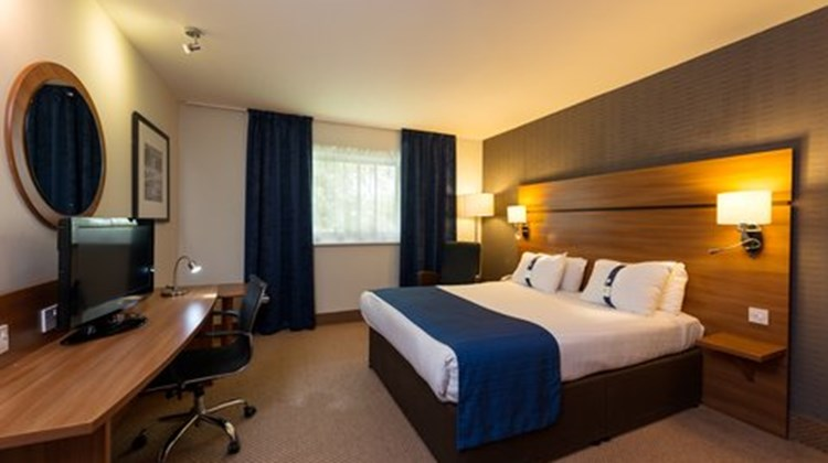 Holiday Inn Express Shrewsbury Room