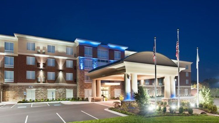 Holiday Inn Express Hotel & Suites Dayto Exterior