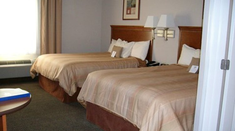 Candlewood Suites Fort Smith Suite