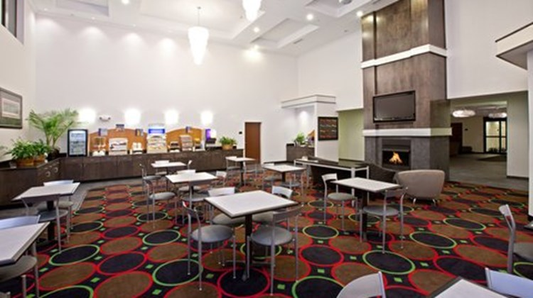 Holiday Inn Express Indianapolis SE Restaurant