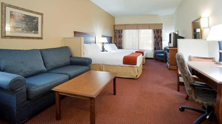 Holiday Inn Express SLC Airport East Suite