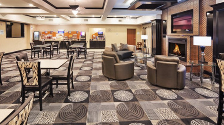 Holiday Inn Express Hotel/Suites Restaurant