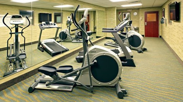 Holiday Inn Express Hotel & Sts Maumelle Health Club