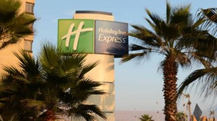 Holiday Inn Express Iquique Exterior