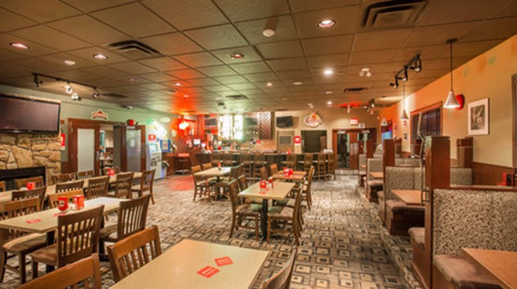 Econo Lodge Inn & Suites Cranbrook Restaurant