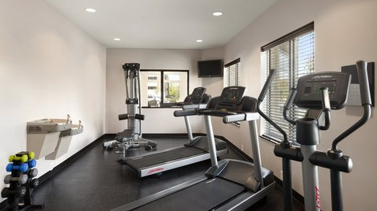 Country Inn & Suites Lawrenceville Health Club