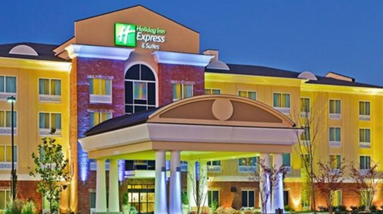 Holiday Inn Express Ooltewah Exterior