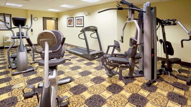 Holiday Inn Express & Suites Georgetown Health Club