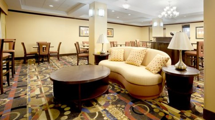 Holiday Inn Express & Suites Georgetown Restaurant
