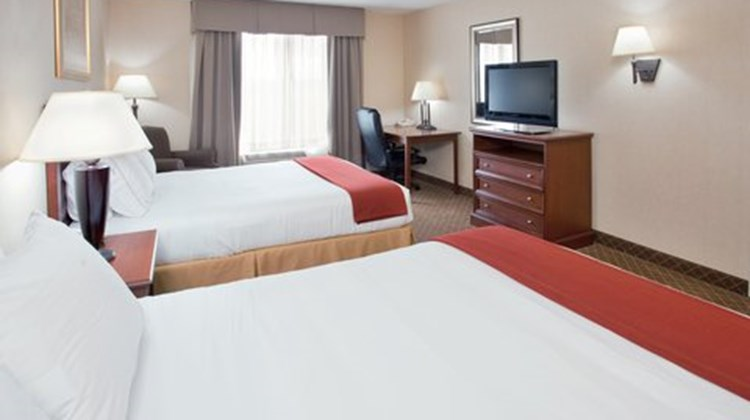 Holiday Inn Express Kirksville Room