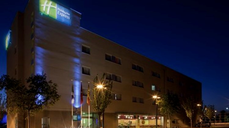 Holiday Inn Express Madrid-Getafe Exterior