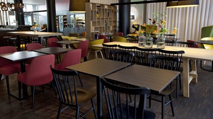 Holiday Inn Express Mechelen City Centre Restaurant