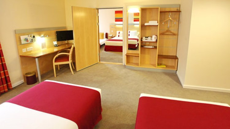 Holiday Inn Express Birmingham Redditch Suite