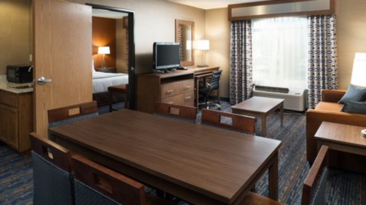 Holiday Inn Express Rocklin Suite