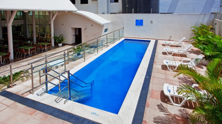 Holiday Inn Express Natal Ponta Negra Pool