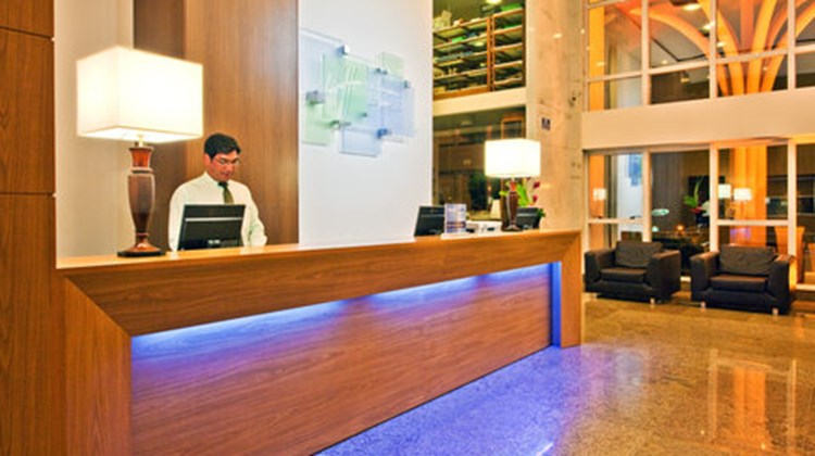 Holiday Inn Express Natal Ponta Negra Lobby