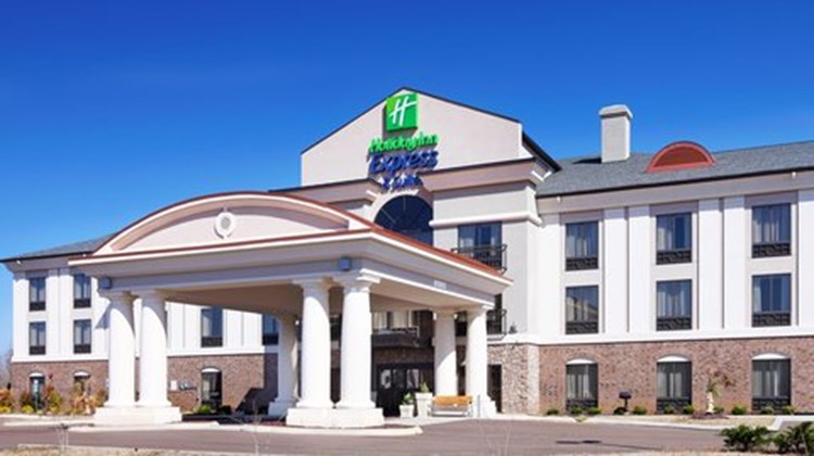 Holiday Inn Express & Suites Covington Exterior