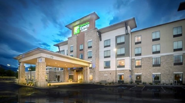 Holiday Inn Express & Stes Murray Exterior