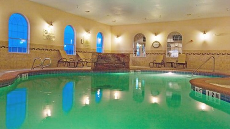 Holiday Inn Express Levelland Pool