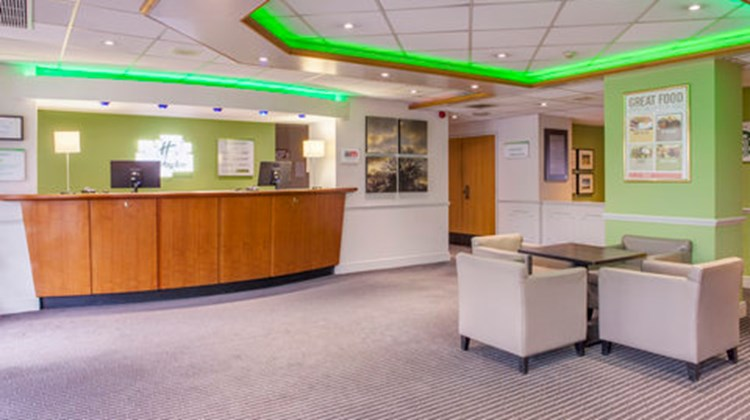 Holiday Inn Warrington Lobby
