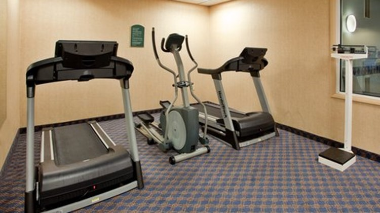 Holiday Inn Express & Stes Maryville Health Club