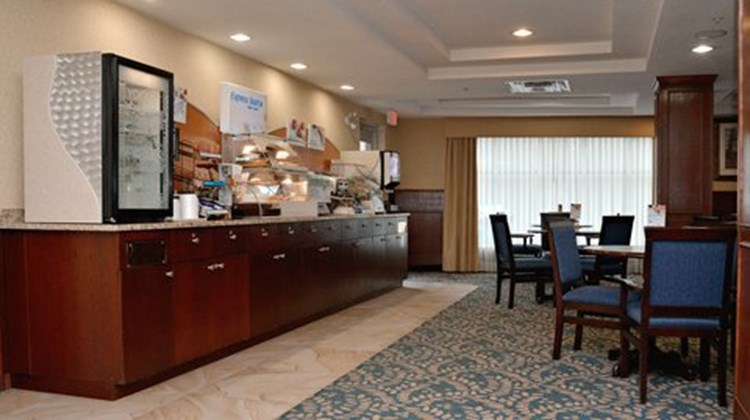 Holiday Inn Express Hotel & Suites Edson Restaurant