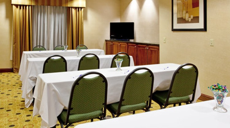 Holiday Inn Express & Suites Hardeeville Meeting